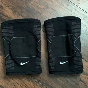 Nike Knee Support Guards